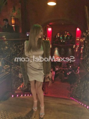 Adiba lovesita massage escorte girl