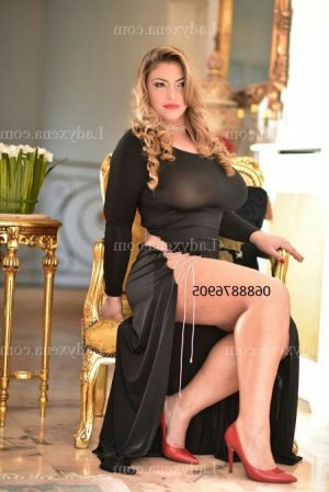 Tida escorte trans massage tantrique dans le Cantal