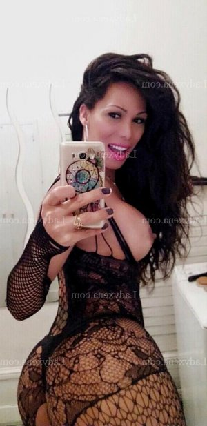 Ondine escort girl massage tantrique à Saint-Girons