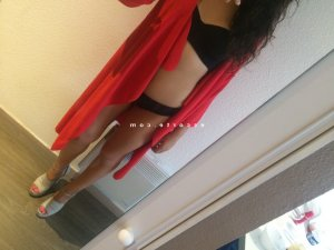 Anfal massage tescort escorte girl
